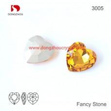 DZ 3005 28x28 mm Heart shape crystal gemstone