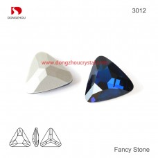 DZ 3012 23x23 mm Triangle shape crystal fancy stone