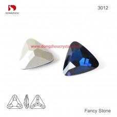 DZ 3012 23x23 mm Triangle shape crystal fancy stone